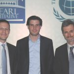 Daan Elffers, Chairman Islamic Reporting Initiative (center) with Badr Jafar, Founder of the Pearl Initiative (left) and Georg Kell, Executive Director of the UN Global Compact (right). Photography: Irene Hell, 2015